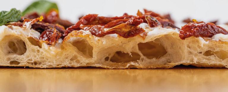 alice-pizza-food-whitelady-hero
